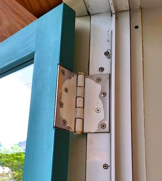おしゃれな木製ドア3