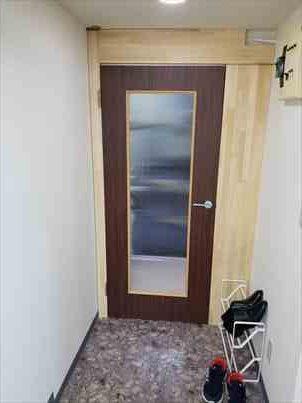 玄関内ドア
